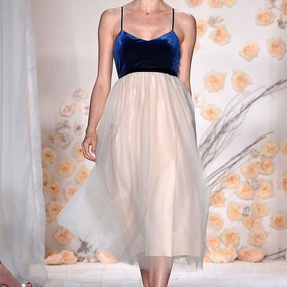 96edb4fc4 LC Lauren Conrad Dresses & Skirts - 💙 Lauren Conrad Runway velvet tulle  midi dress!